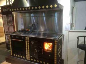 Rizzoli Küchenherd in Betrieb